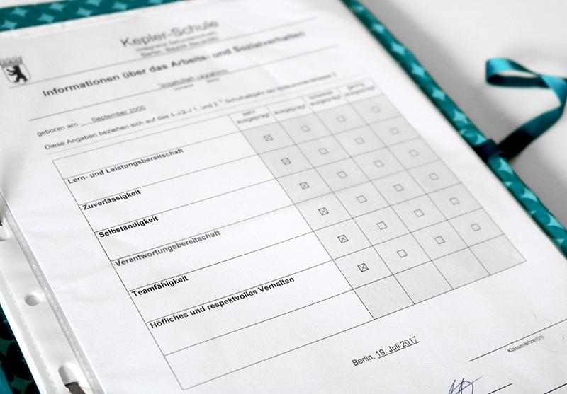 DIY Zeugnismappe selber machen - Anleitung